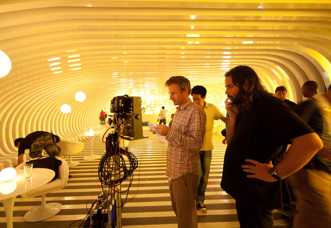 Hoyte van Hoytema (right) on set of the beatifully shot Her.