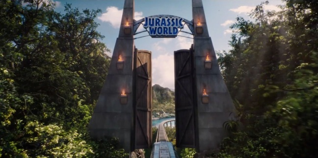 Jurassic World Trailer Screenshot Gates