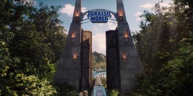 Jurassic World Trailer Screenshot Gates